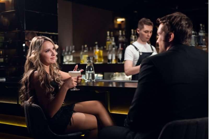 10 creepy things guys do that women hate